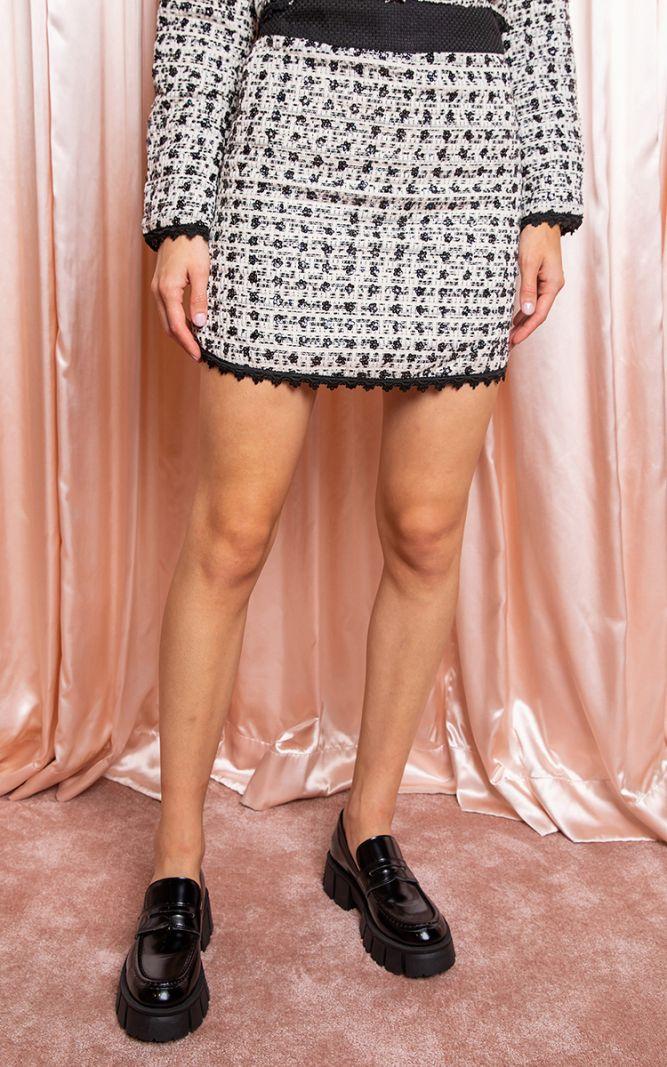 Juodas languotas tvido sijonas