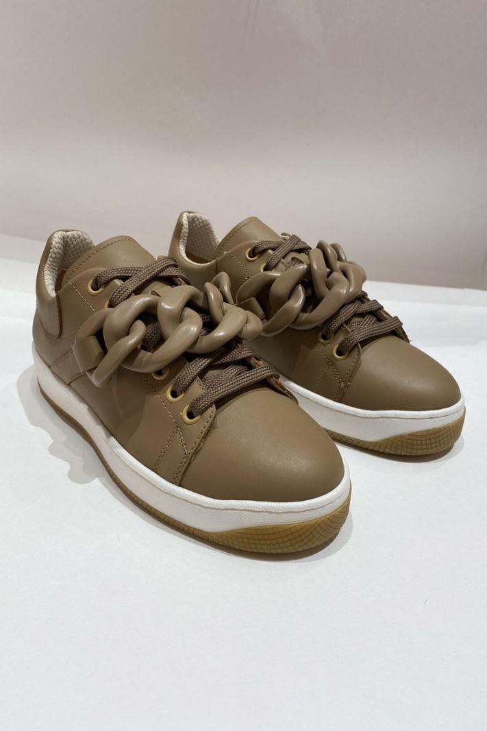 Laisvalaikio batai su grandine