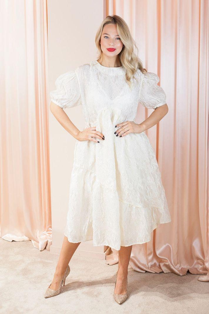 Puošni midi ilgio suknelė