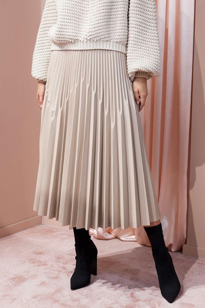 Klostuotas sijonas eko odos