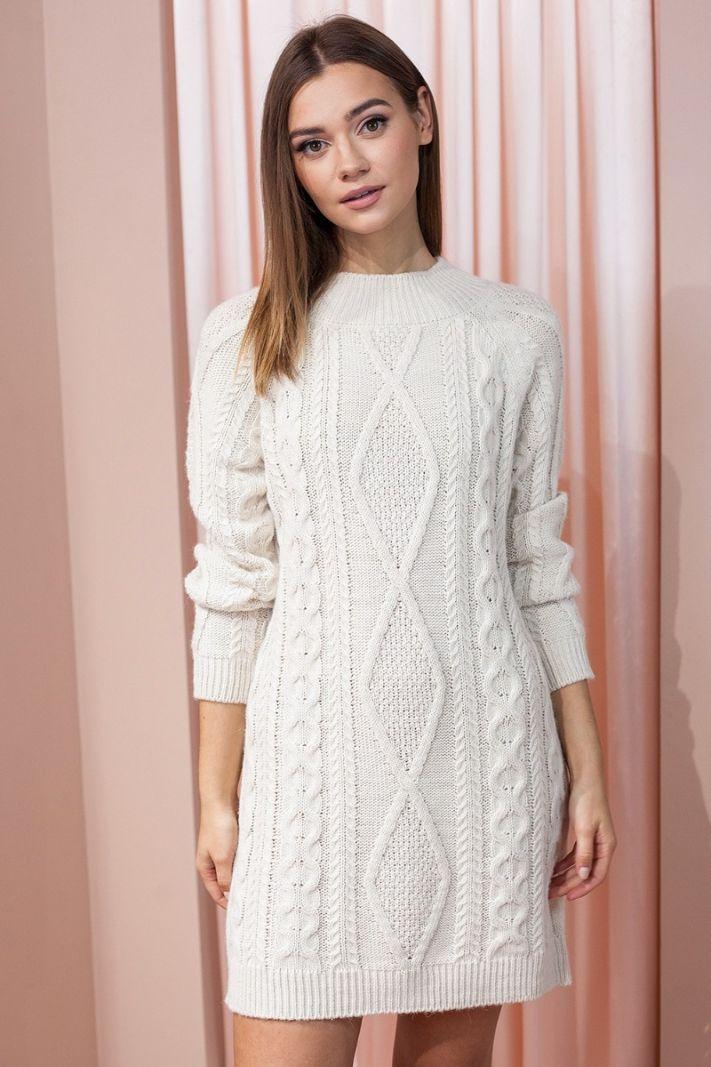 Ilgas megztinis su pynių raštu, vanilės spalvos