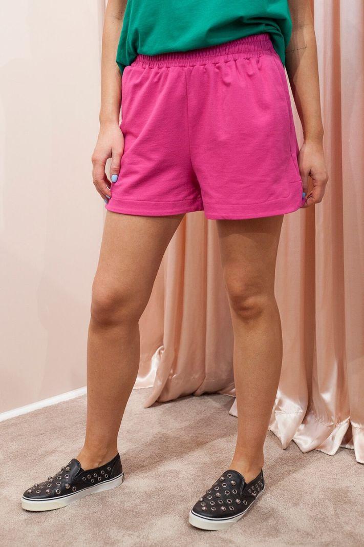 Laisvalaikio šortai rožiniai